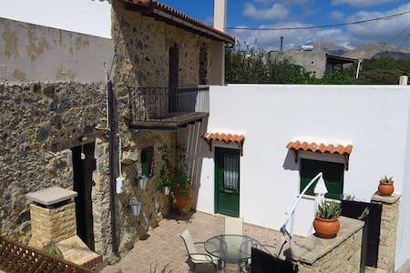 Cretan Spiti - Vatos - Haus