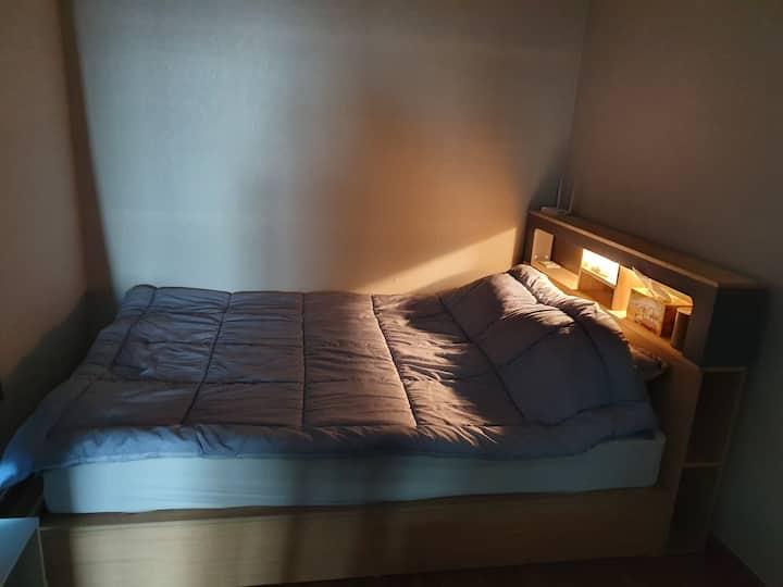 코로나대비철저!! 침대(퀸)2개 단독숙소#경상대학교#진주역#고속버스터미널
