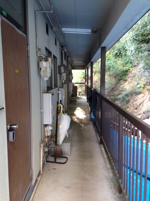 A hallway on the second floor.二階の廊下です