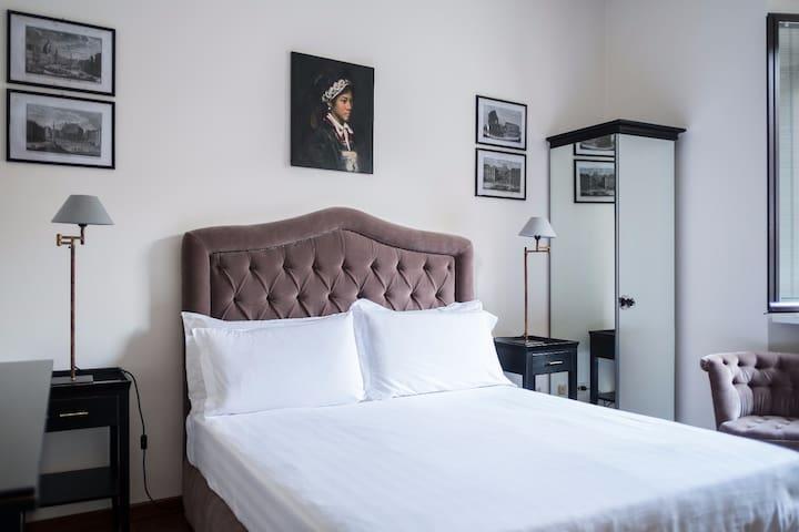 Nina's luxury home