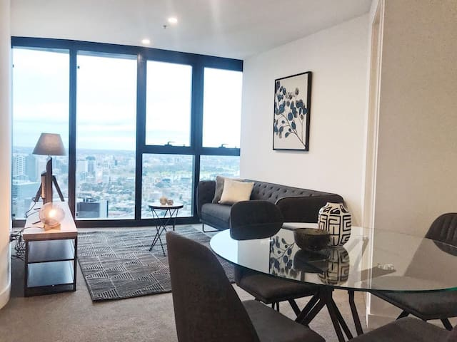 2Bed2Bath_TheElegance^CrownCasino^ConvCentre^WIFI