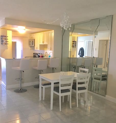 Deerfield Beach 2 bed / 2 bath retreat - Deerfield Beach - Byt