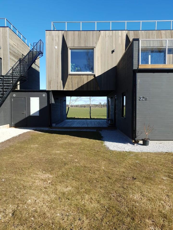 Modernt nybygge i Västerhejde, nära det mesta!