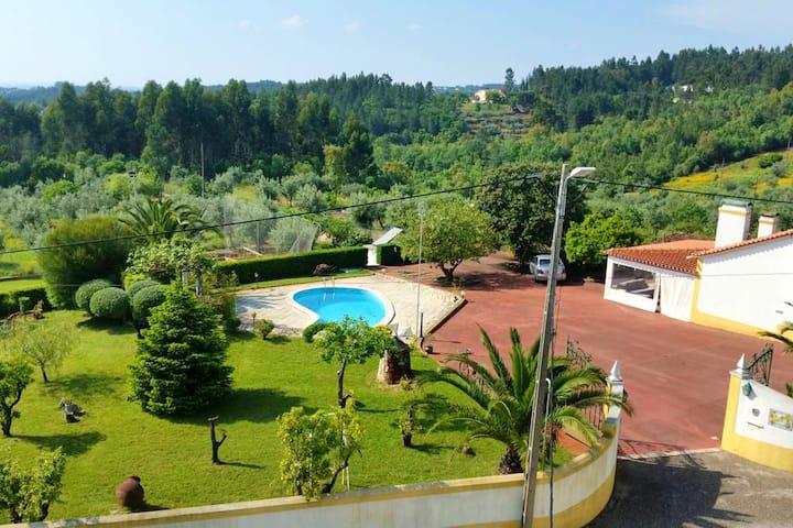 Villa d'une chambre à Igreja Nova do Sobral, avec piscine privée, jardin clos et WiFi
