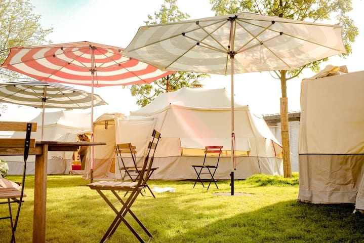SOLI-GLAMPING (4 Pers.) auf dem Southside-Festival
