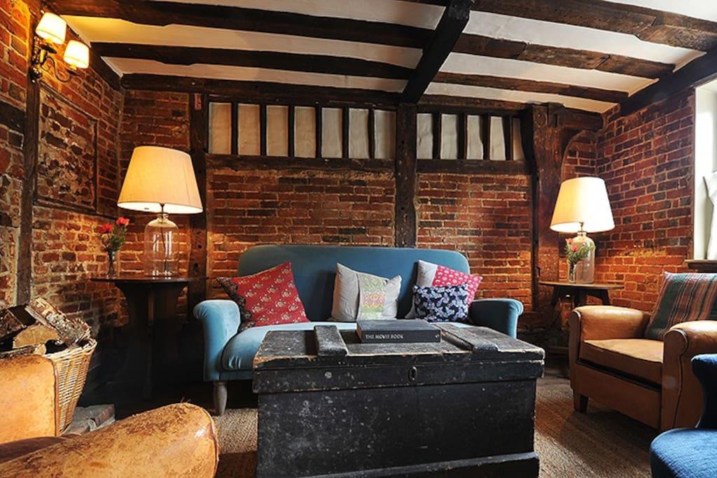 Snug / Guest Lounge
