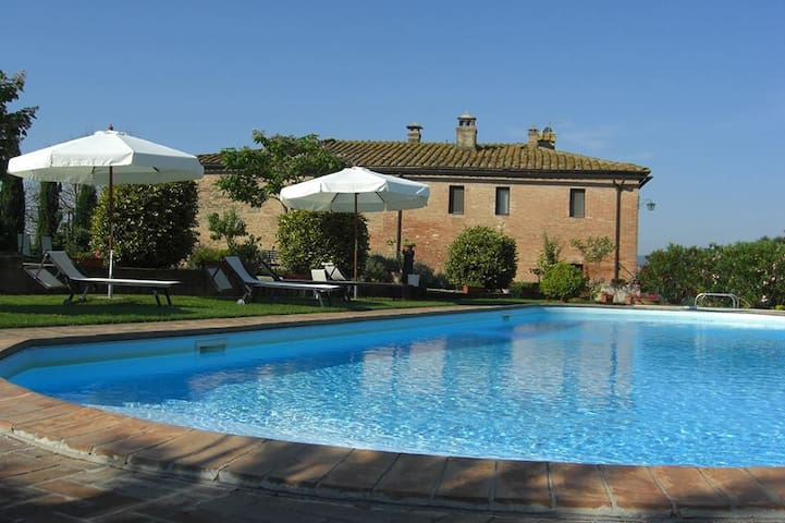House surrounded from the hills 2 - Monteroni d'Arbia - Casa