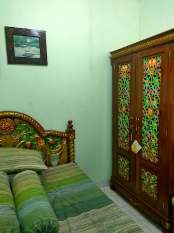 Cozy room to rest your body - Karawang Barat  Karawang Barat - Huis