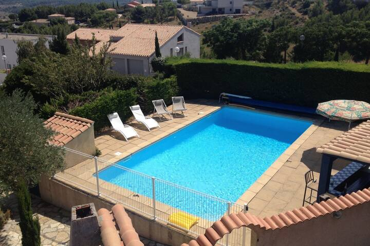 Holiday villa near Narbonne-Plage, fenced private swimming pool and view of a lake