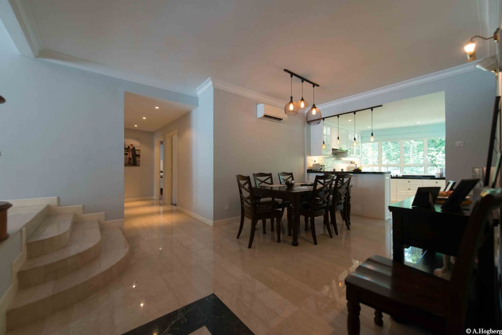 This is what you will see once you step into our home.. :) Dining area, way to kitchen and walkway to the rooms.