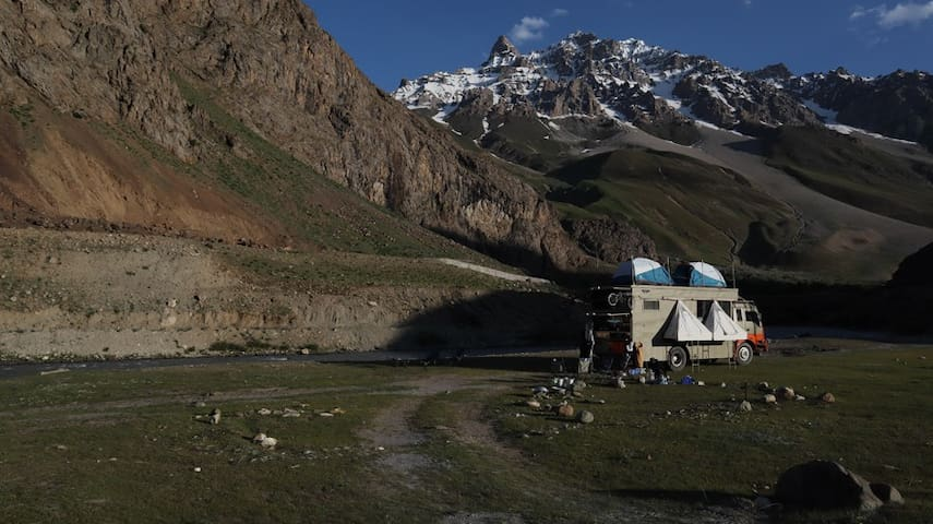 Taurus Campervan Camping - Jhatingri, Himachal