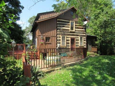 The Cozy Cottage