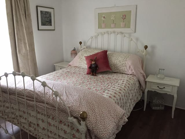 Bedroom in Templestowe Victoria