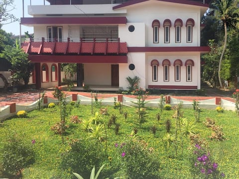 ABODE MANAKALAM - Home away from home