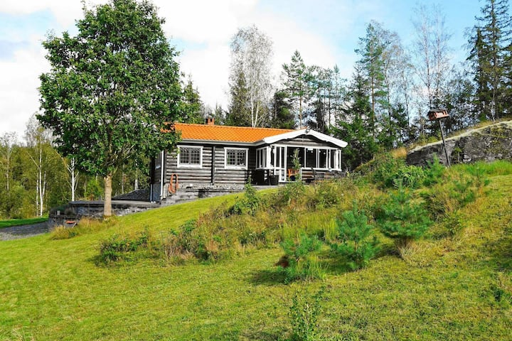 3 person holiday home in HENÅN