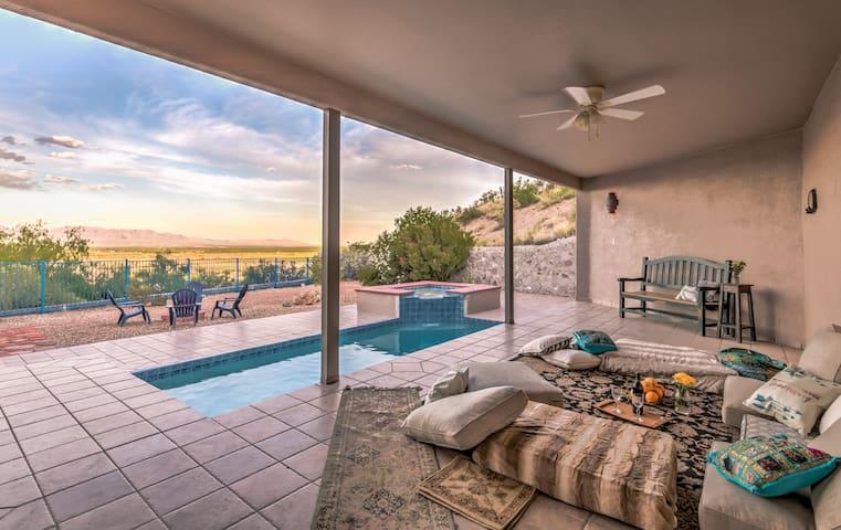 Luxury Mesilla Pool Home- River & Mountain Views!