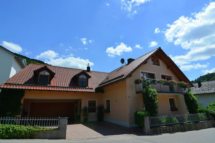 Homely Apartment in Riedenburg Prunn near Forest with BBQ