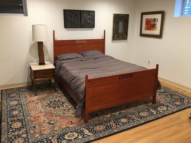 Huge Modern Studio Near Hospitals and Colleges