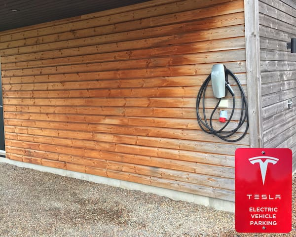 Now we offer a destination charger for Tesla vehicles, with 16 amp charging both driver and car will be fully cgarged the day after for a new drive.