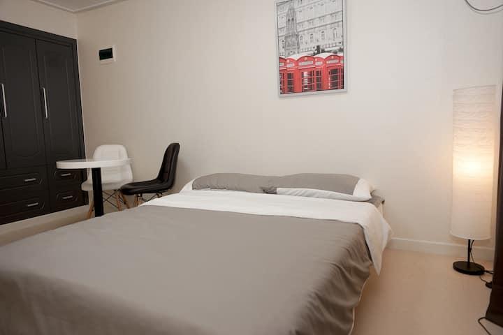 DDM jongno QUEEN BED cozy room#3