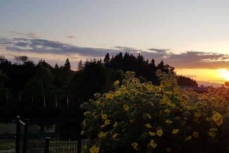 Gite au cœur du Livradois Forez avec vue sur lac