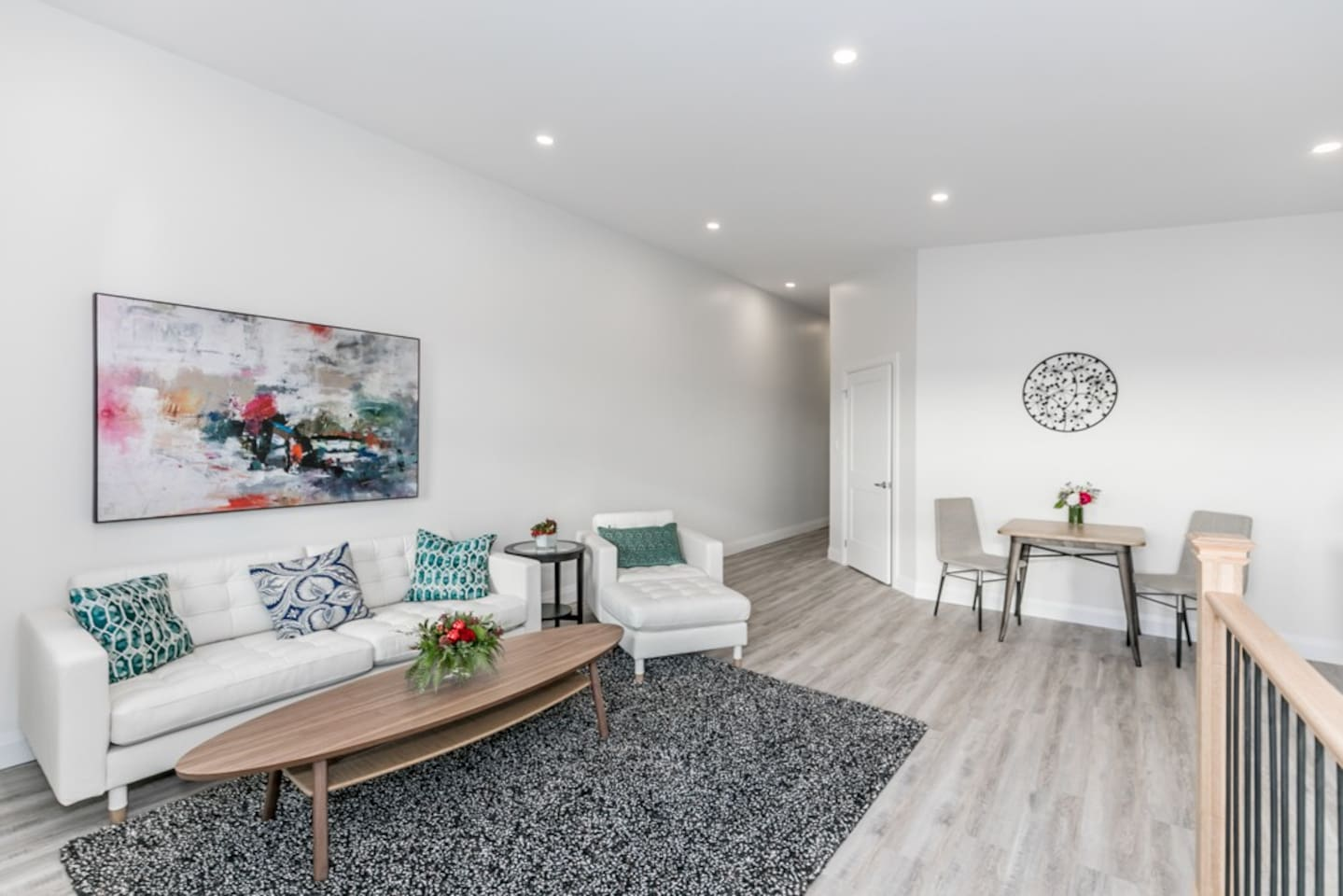 Downtown Angles - Apartments for Rent in Barrie, Ontario, Canada