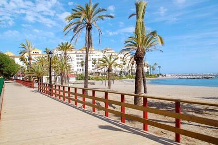 Beach front apartment in San Pedro playa