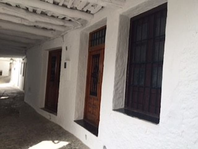 Traditional house in the heart of Alpujarras - Pampaneira  - อพาร์ทเมนท์