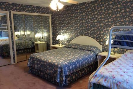 The Porter House - Master Bedroom - Rexburg