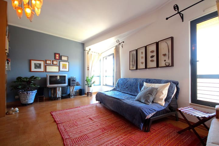 Cahow Apartment, Lisbon