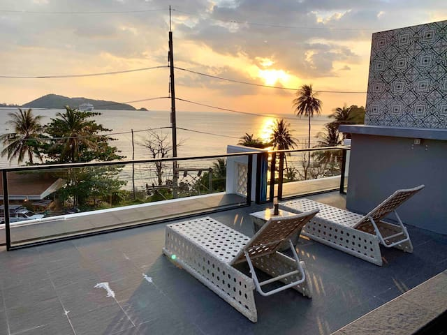Patong family suit (4p)  private pool and sea view