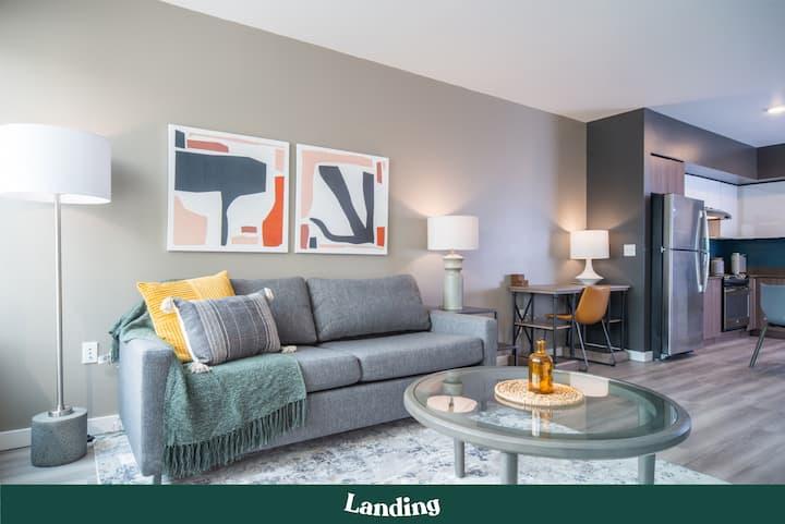 Landing | Modern Apartment with Amazing Amenities