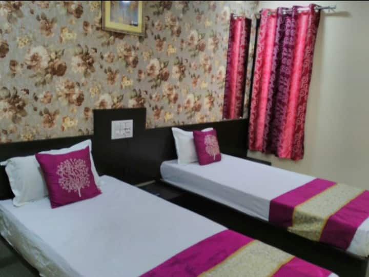 Deluxe rooms in a Hotel at Bhawarkua Square Indore