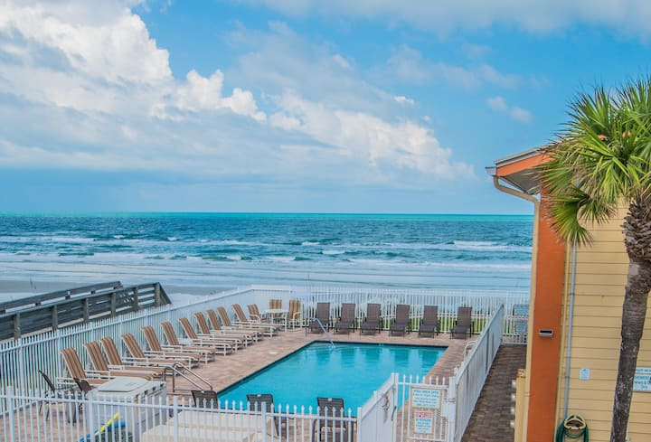 2 Br Oceanfront Resort - Partial View! 5 *NSB