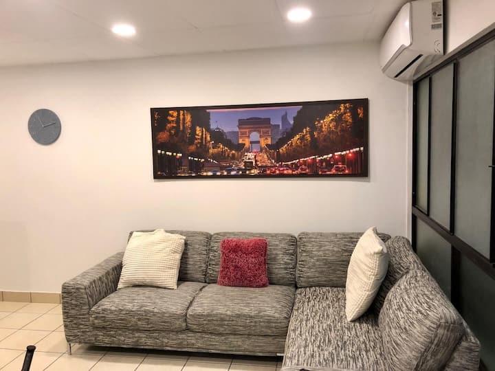 Apartamento moderno, amueblado y privado (2hab) SS