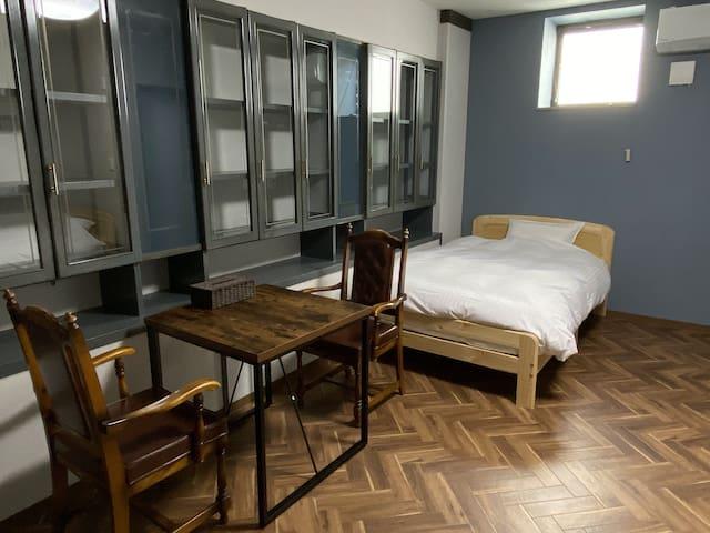 一般・当日予約可 「GOOD OLD HOTEL」 211号室 ターゲット (禁煙)