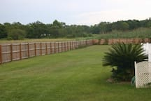1.2 Acres of Back Yard - From Weddings to Family Reunions &      Everything In-Between