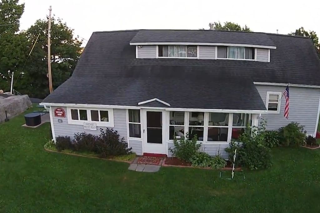 wellesley island singles Thousand island park quiet cottage w/2 master bedrooms, 200 yrds from swim cove cottage, thousand island park, wellesley island.