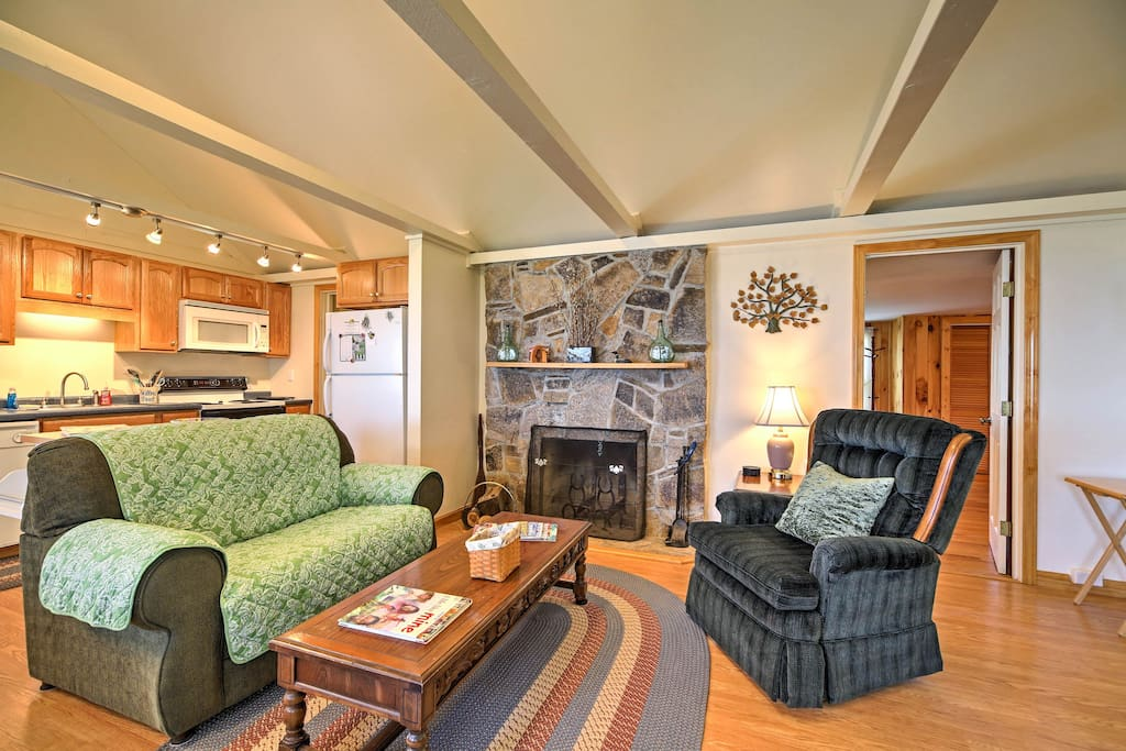 Relax in the spacious interior after a day on the lake!