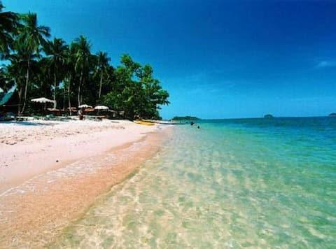 Paradise Beach - Jacuzzi Garden
