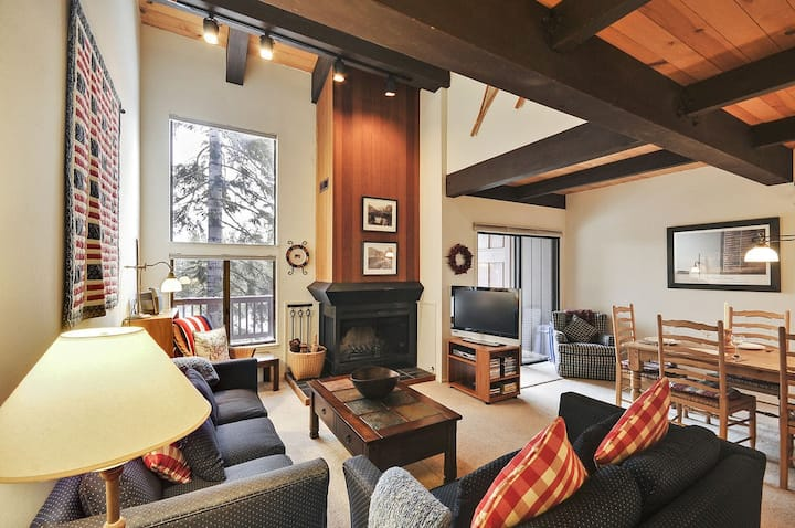 Northshore Townhouse,Private Beach, Dollar Point HOA Amenities, North Lake Tahoe