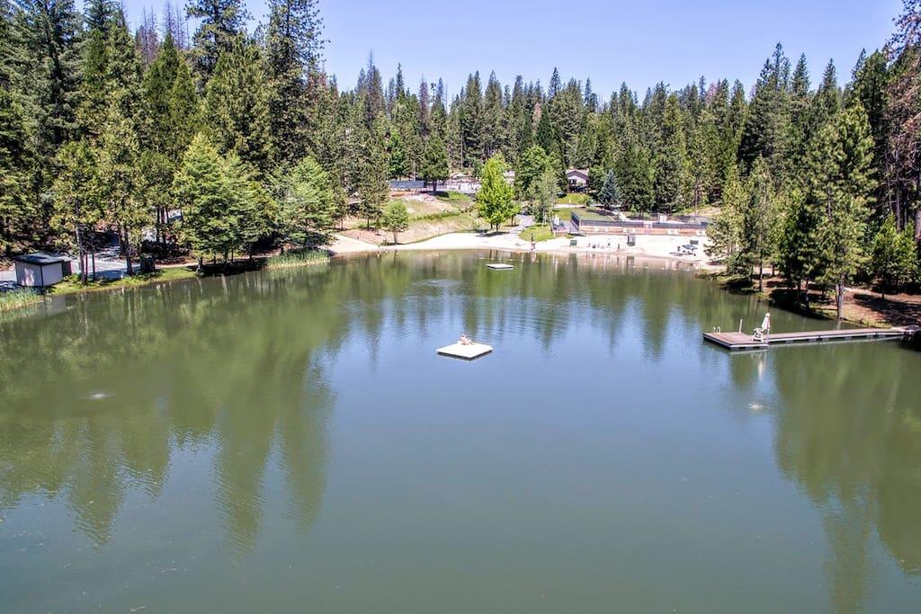 Walk to Lodge Lake
