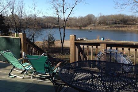Lake Home on Paddle Boat Lake! - Linn Valley - House