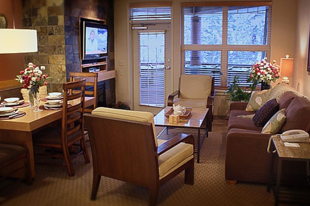 Open sitting room and dining room