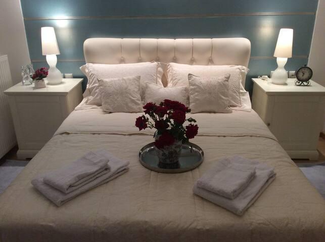 Luxury hilltop apartment