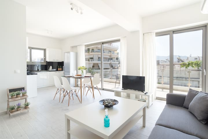 Alimos Brand New Apartment D1- Close to the sea (ALI150)