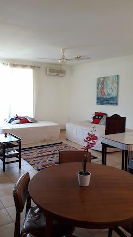 Herradura apartment, 6per 2bdr! - Herradura - Appartement