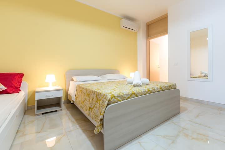 Appartamento con angolo cottura e bagno privato