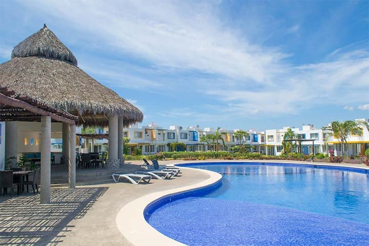 Casa Santa Barbara, 10 min de Playa Bucerias