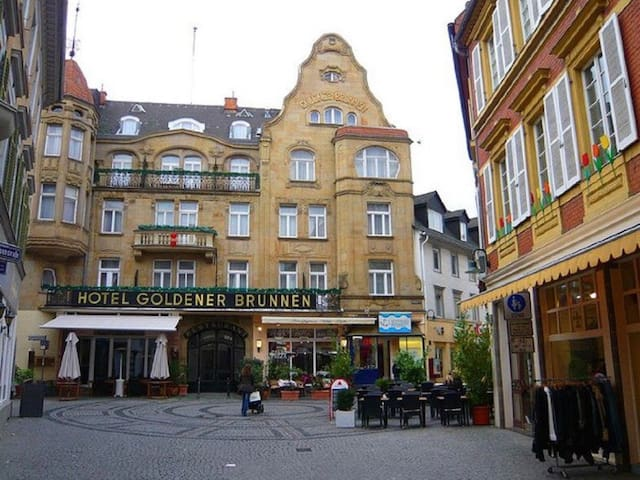83 m2 Jewel in the heart of the Wiesbaden Altstadt